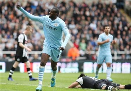 Đánh gục Newcastle, Man City mở toang cánh cửa vô địch