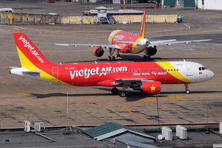 Khách Việt bị cấm bay vì mang... súng lên máy bay