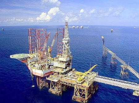 PetroVietnam tiếp tục kế hoạch thăm dò dầu khí trên biển Đông
