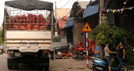 Phố đầu nậu nông sản Trung Quốc ở Bắc Ninh