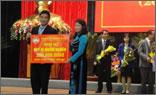 Thép Việt Đức ủng hộ Quỹ vì người nghèo tỉnh Vĩnh Phúc 200 triệu đồng.